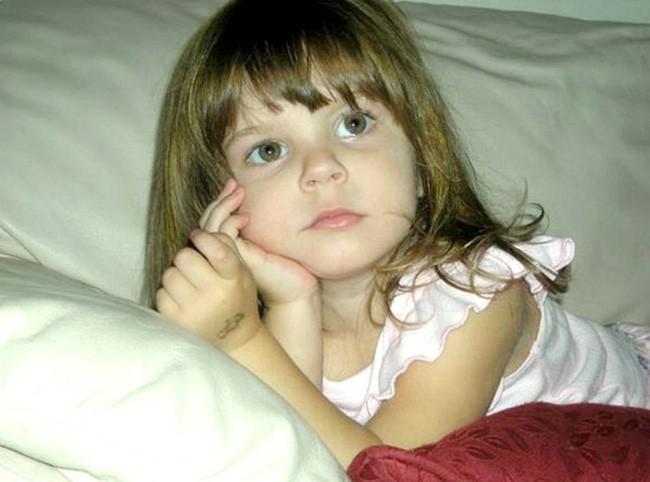 Vụ án bà mẹ trẻ độc ác giết con gái 3 tuổi, vài ngày sau tiệc tùng thả ga, nói dối cảnh sát nhưng cuối cùng vẫn được tuyên trắng án - Ảnh 4.