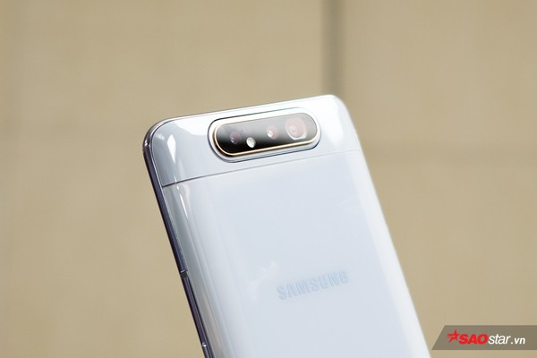 Trên tay nhanh Samsung Galaxy A80: Camera xoay lật 180 độ và màn hình chất chưa từng có! - Ảnh 6.