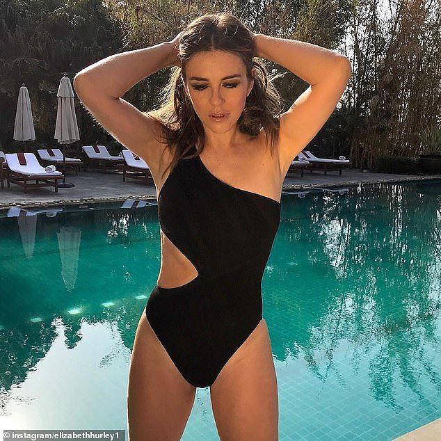 Mỹ nhân U60 khoe dáng nuột như gái đôi mươi với bikini - Ảnh 2.