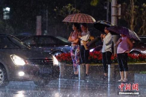 Trung Quốc liên tiếp gánh chịu thiên tai gây thiệt hại nghiêm trọng - Ảnh 2.