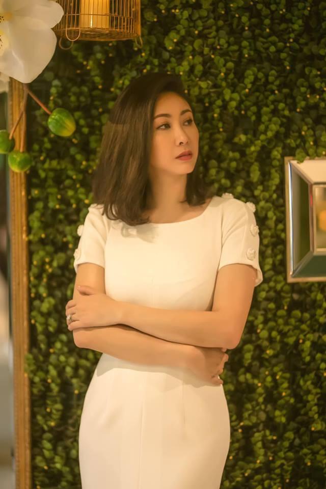 Hoa hậu 16 tuổi duy nhất của Việt Nam: Sao hạng A mất hết danh tiếng vì cuộc tình với đại gia buôn lậu, ngoài 30 mới tìm được bến đỗ bình yên bên chồng cũ bạn thân - Ảnh 3.