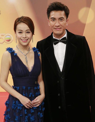 Diva Hong Kong Trịnh Tú Văn: Sau 22 năm tan hợp, 7 lần được cầu hôn, ngỡ viên mãn nhưng vẫn bị chồng cắm sừng khi đang bệnh trầm cảm - Ảnh 9.