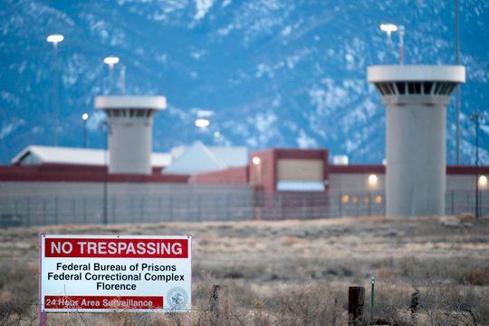 Bên trong siêu nhà tù Supermax đang chờ đợi Julian Assange - ảnh 2