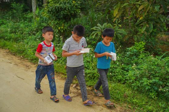 Khát vọng thay đổi cuộc đời và lòng hiếu học của những đứa trẻ vùng cao nơi địa đầu Tổ quốc - Ảnh 2.