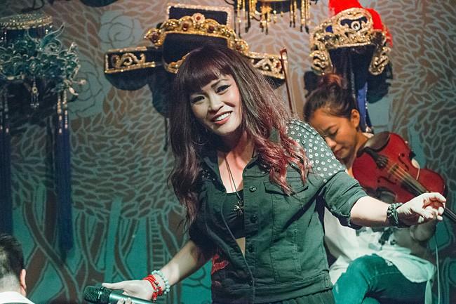 Con gái 14 tuổi của Phương Thanh giờ đã xinh như hot girl, xuất hiện đầy bất ngờ bên mẹ - Ảnh 5.