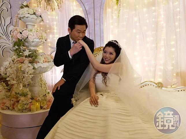 Siêu mẫu nóng bỏng lấy tỷ phú xấu nhất Đài Loan: Tôi nhận lời cầu hôn vì chồng quá đẹp trai - Ảnh 12.