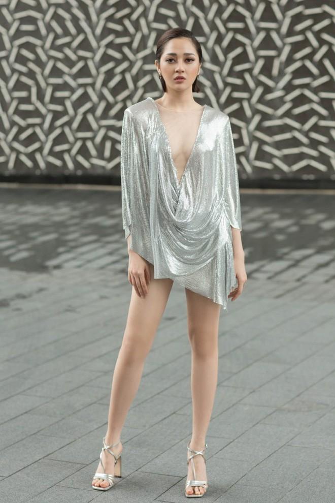 Những đôi chân cực phẩm của mỹ nhân Việt: Ai cũng thon dài nuột nà nhưng gây mê hoặc nhất là nhân vật đầu tiên - ảnh 7