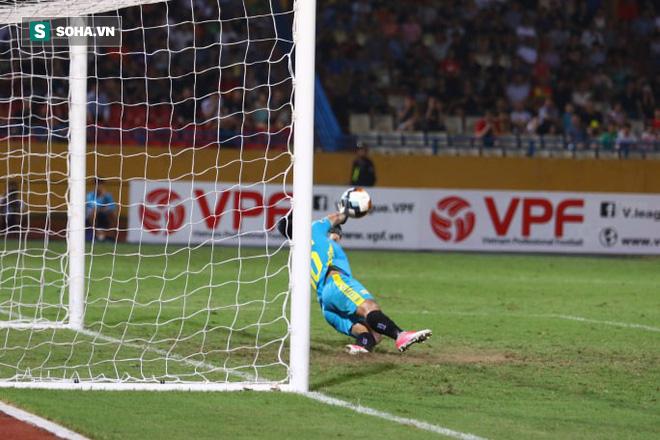Ngược dòng đầy bản lĩnh, Hà Nội FC đánh bại Hải Phòng trong trận cầu nghẹt thở - Ảnh 1.