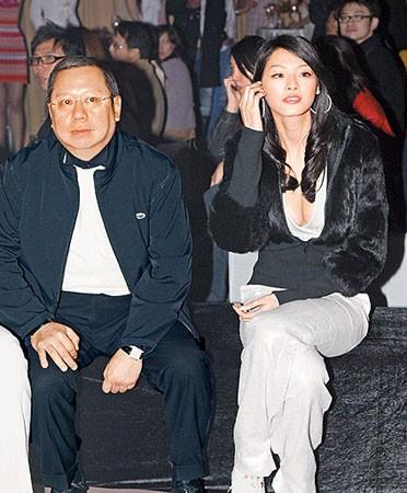 Gia tộc phong lưu nhất Hong Kong: Anh U90 cặp thiếu nữ tuổi cháu, em chuyên săn minh tinh - Ảnh 8.