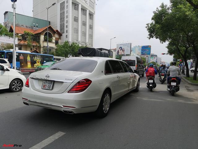 Mercedes-Maybach S600 Pullman của Chủ tịch tập đoàn FLC chính thức có biển trắng - Ảnh 3.