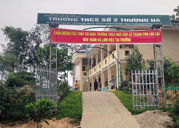 Trường THCS số 2 Thượng Hà, nơi có giáo viên bị tố cáo