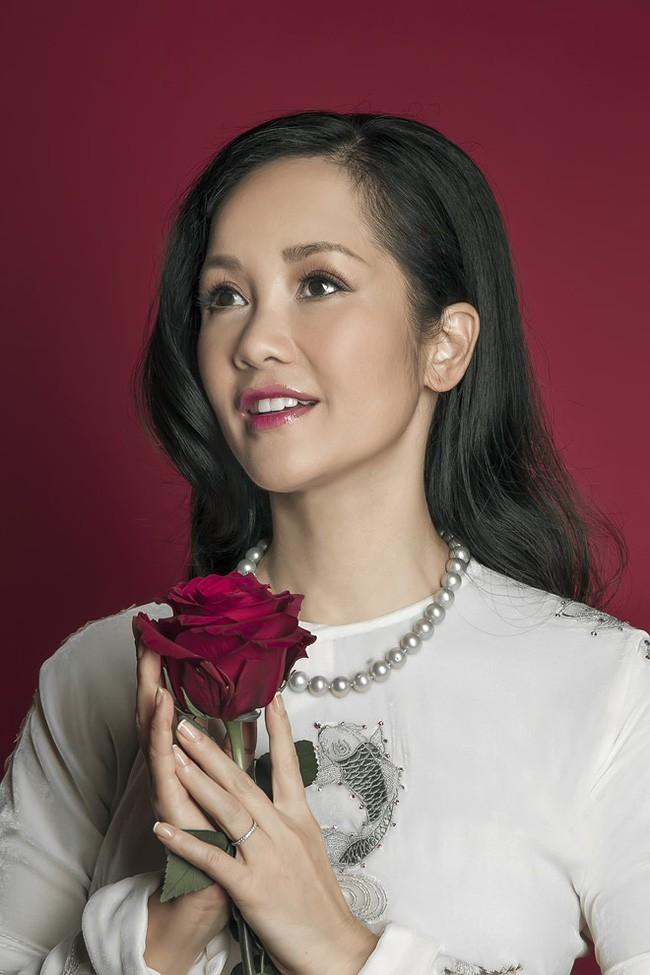 Đường hôn nhân của 4 Diva Việt: Người xấu lạ yên ổn với cuộc hôn nhân duy nhất, người hồng nhan thì lận đận truân chuyên - tuổi 50 vẫn cô đơn - Ảnh 8.