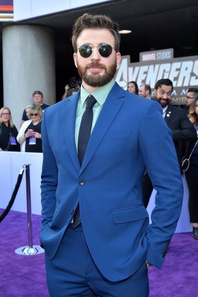 Siêu thảm tím Avengers: Endgame hot nhất 2019: Dàn sao Marvel sang chảnh, vợ chồng Miley Cyrus chiếm trọn spotlight - Ảnh 8.
