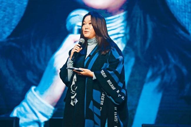 Lý San San: Hoa hậu tam nhất Hong Kong đột ngột mất tích với bệnh u não và câu trả lời vào 8 năm sau khiến mọi người bất ngờ - Ảnh 10.