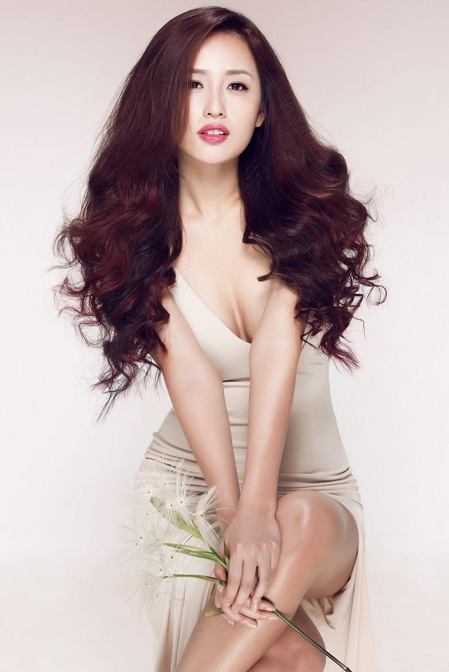 Lý do khiến Hoa hậu Mai Phương Thúy liên tục diện đồ gợi cảm - Ảnh 4.