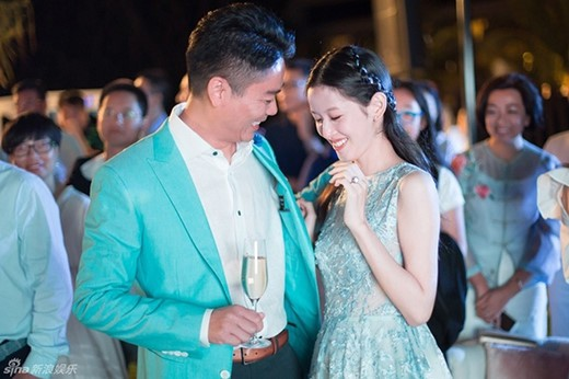 Cuộc sống của hot girl trà sữa Trung Quốc: Xa hoa nhưng tủi nhục vì lấy đại gia - Ảnh 7.
