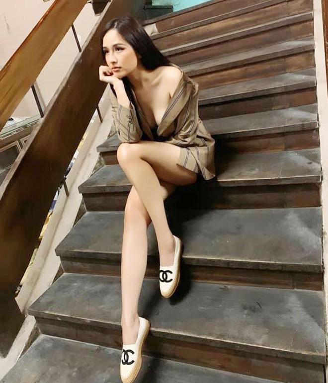 Lý do khiến Hoa hậu Mai Phương Thúy liên tục diện đồ gợi cảm - Ảnh 3.