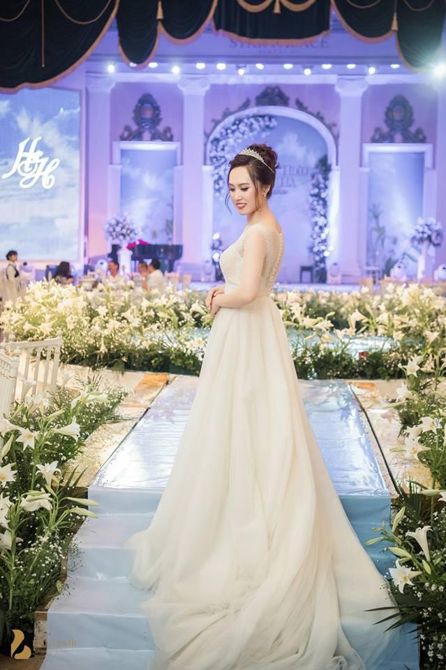 Toàn cảnh đám cưới ở Hà Nội của Giám đốc Nhà hát Kịch Hà Nội và hot girl 9X - Ảnh 8.