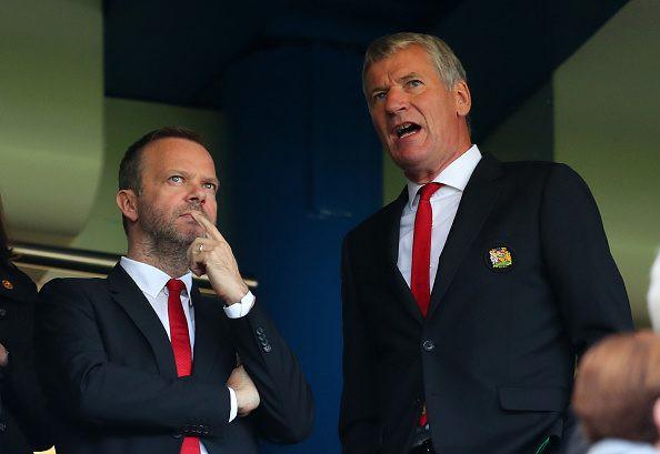 Hóa ra, người đáng thương nhất Man United lúc này lại là Ed Woodward - Ảnh 1.