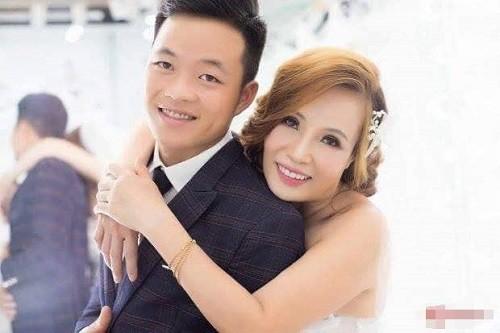 Sau hơn nửa năm đám cưới, vợ chồng cô dâu 62 tuổi làm loạn cộng đồng mạng bằng loạt trò lố này - ảnh 1