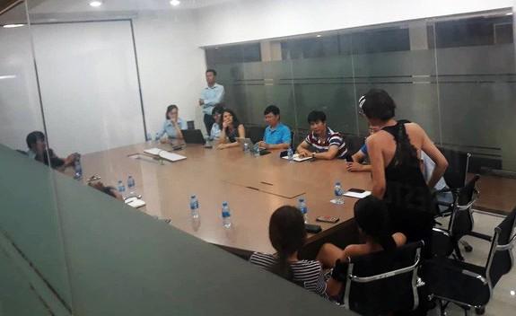 Cựu siêu mẫu Trang Trần tiết lộ vụ bé gái bị sàm sỡ trong thang máy khiến cả chung cư  sống trong sợ hãi - Ảnh 2.