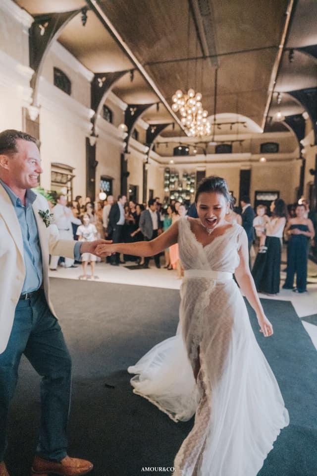 Toàn cảnh đám cưới được giấu kín của chồng cũ diva Hồng Nhung và diễn giả người Myanmar - Ảnh 5.