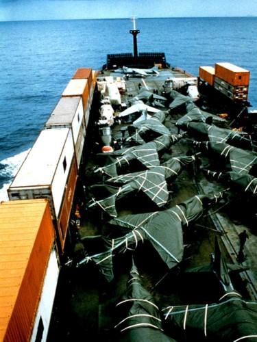 Nhìn lại cuộc chiến Falkland 37 năm trước - ảnh 10