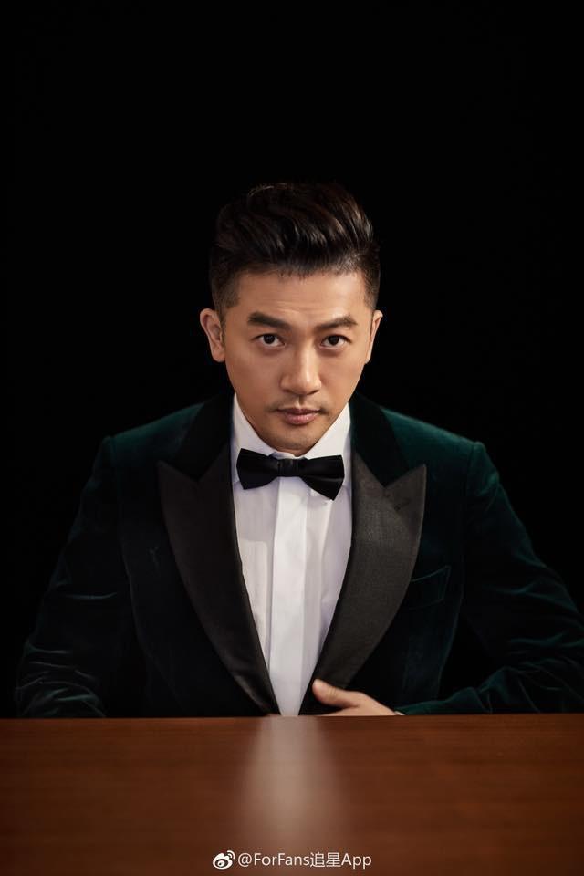 Cạo râu và đổi kiểu tóc, Tô Hữu Bằng U45 thay đổi 180 độ với hình ảnh trẻ trung, điển trai đến rụng tim - Ảnh 2.