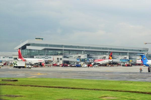 15 đường bay bận rộn nhất trên thế giới, Việt Nam không chỉ giữ một vị trí mà còn đứng rất cao - Ảnh 1.