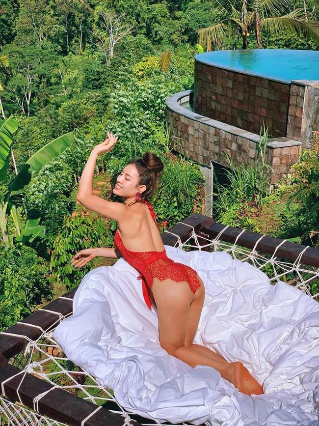 Được xem là người soán danh xưng nữ hoàng bikini của Ngọc Trinh, Phương Trinh Jolie nói gì? - Ảnh 5.