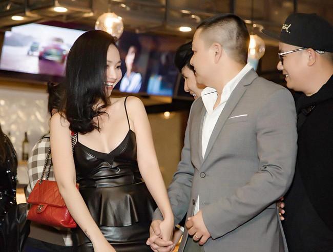 Út Ráng Kim Hiền: Từ nỗi đau bị chồng phản bội sau 2 tháng mặc áo cô dâu tới niềm hạnh phúc tìm thấy hoàng tử của đời mình - Ảnh 8.