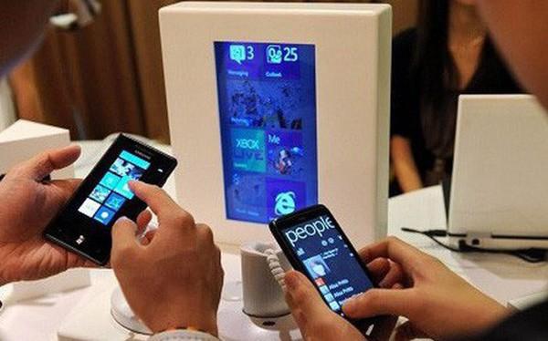 Đánh thuế tiêu thụ đặc biệt với điện thoại: Chỉ nên đánh vào dòng đắt tiền? - Ảnh 1.
