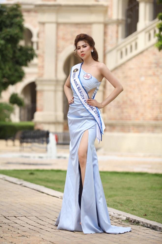 Người đẹp mồ côi cha, từng bán vé số đăng quang Á hậu Sắc đẹp toàn cầu Châu Á 2019 - Ảnh 1.