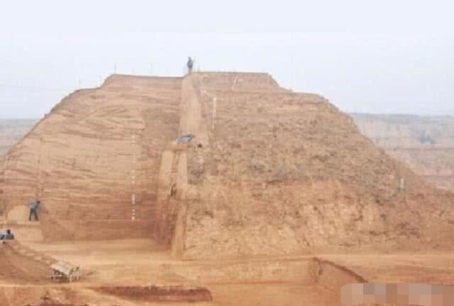 Khai quật mộ nghi của người đã ám sát Tần Thủy Hoàng, các nhà khảo cổ nhận bất ngờ lớn - ảnh 2