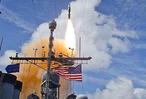 Mỹ phóng tên lửa 'sát thủ' đánh chặn ngoài tầng khí quyển thị uy trước Nga - Ảnh 10.