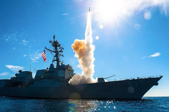 Mỹ phóng tên lửa 'sát thủ' đánh chặn ngoài tầng khí quyển thị uy trước Nga - Ảnh 3.