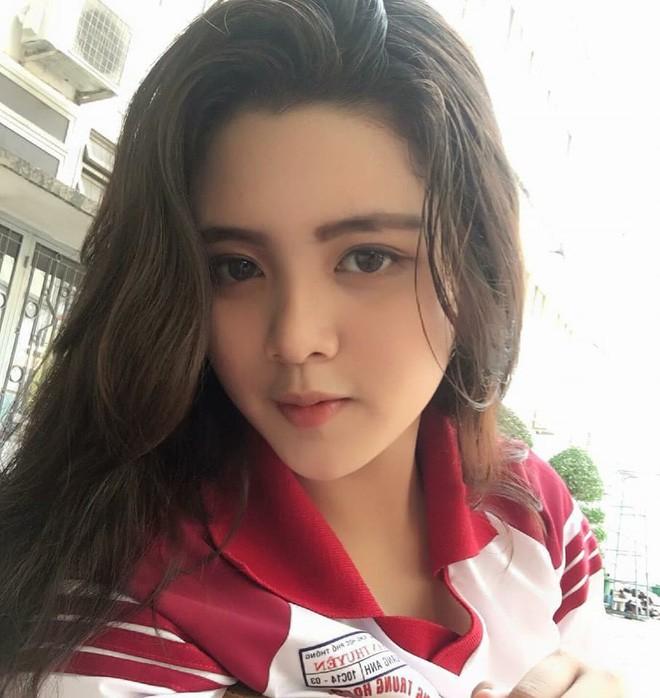Hội gái xinh mới 17 tuổi đã nổi tiếng rần rần: Toàn cực phẩm học đường, có người được báo Trung ca ngợi với loạt mỹ từ - Ảnh 25.
