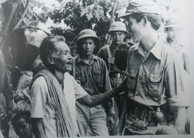 Cơn khát chết người của quân tình nguyện Việt Nam trước trận tập kích hang ổ Pailin tiêu diệt đầu sỏ Polpot - ảnh 8