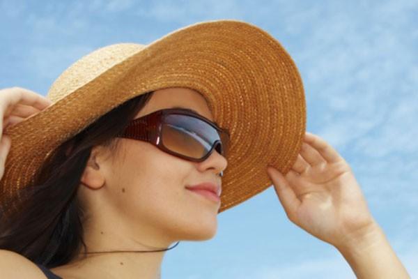 Đừng chủ quan: Đã có trường hợp ngất, tử vong trong ngày nắng nóng vì bị 2 bệnh nguy hiểm này - Ảnh 3.