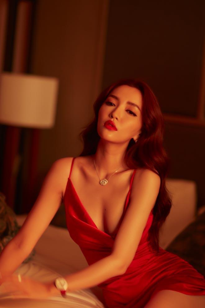 Bích Phương bất ngờ khoe loạt ảnh bikini táo bạo - Ảnh 11.