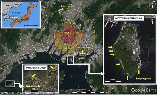 Cơn mưa thủy tinh đổ xuống bãi biển Hiroshima - Ảnh 1.