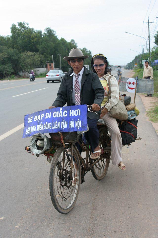 Sự thật đáng ghê tởm đằng sau chuyện tình của gã đàn ông hành nghề giác hơi xuyên Việt và cô vợ nhặt khiến MXH dậy sóng những ngày gần đây - Ảnh 2.