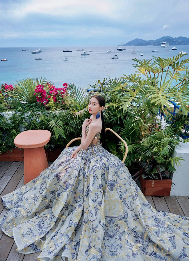 Không phải minh tinh Hollywood, dàn mỹ nhân châu Á sau đây mới thống trị thảm đỏ Cannes 2019 - ảnh 16