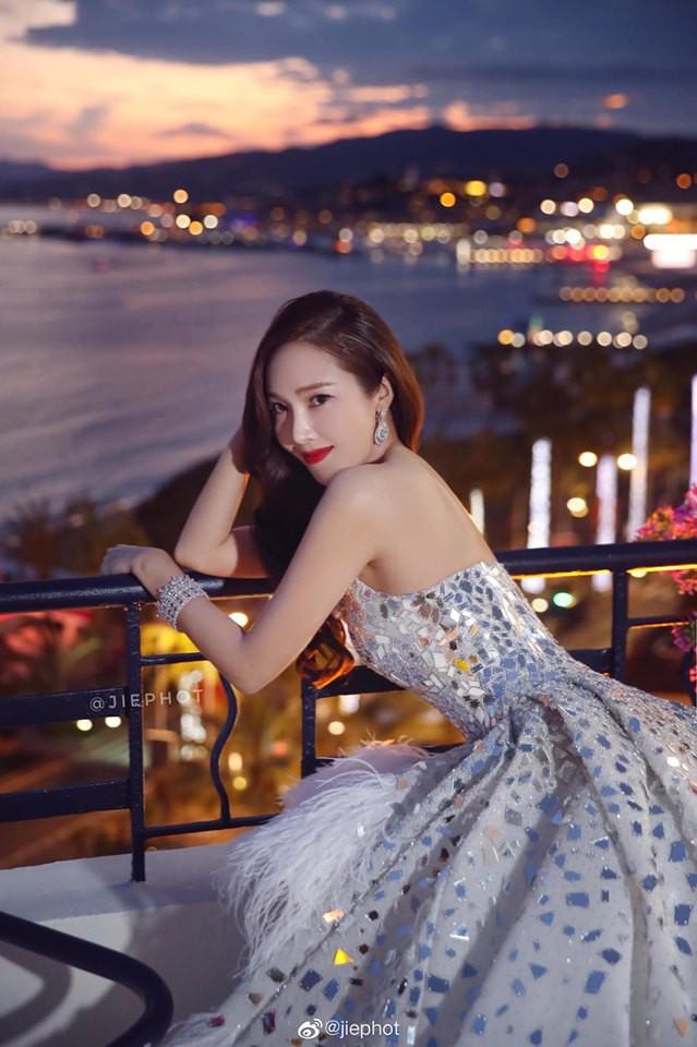 Không phải minh tinh Hollywood, dàn mỹ nhân châu Á sau đây mới thống trị thảm đỏ Cannes 2019 - ảnh 23