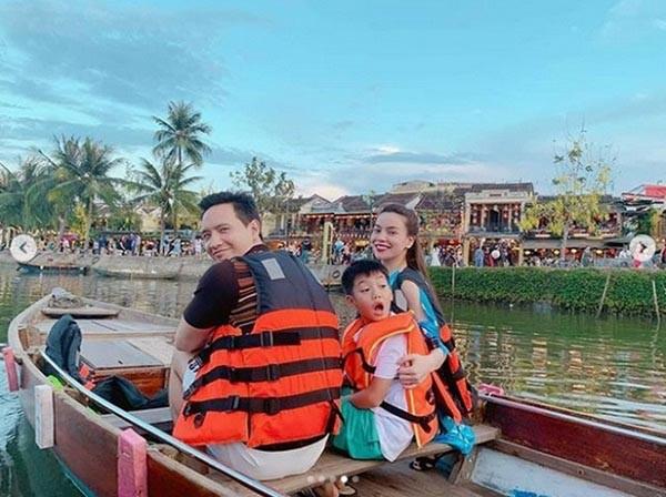 Loạt ảnh bikini nóng bỏng của Hồ Ngọc Hà khi đi du lịch cùng Kim Lý - Ảnh 2.
