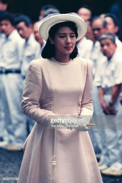 """Từ nhan sắc cho đến phong cách thời trang, Hoàng Hậu Masako Owada đều toát lên khí chất của""""mẫu nghi thiên hạ"""" - Ảnh 31."""