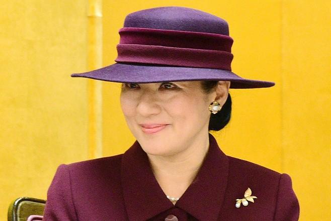 """Từ nhan sắc cho đến phong cách thời trang, Hoàng Hậu Masako Owada đều toát lên khí chất của""""mẫu nghi thiên hạ"""" - Ảnh 32."""