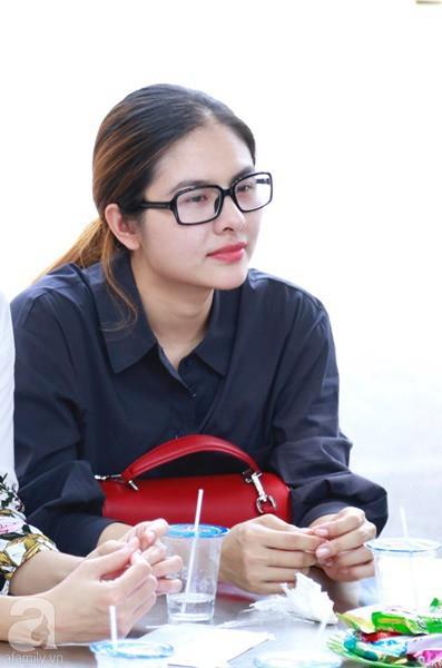 Nghệ sĩ Quyền Linh, Vân Trang mắt đỏ hoe, thẫn thờ ôn lại những kỷ niệm cùng cố nghệ sĩ Lê Bình - Ảnh 4.