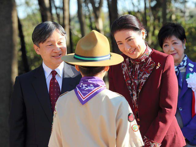 """Từ nhan sắc cho đến phong cách thời trang, Hoàng Hậu Masako Owada đều toát lên khí chất của""""mẫu nghi thiên hạ"""" - Ảnh 18."""