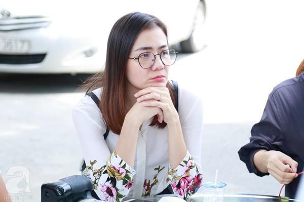 Nghệ sĩ Quyền Linh, Vân Trang mắt đỏ hoe, thẫn thờ ôn lại những kỷ niệm cùng cố nghệ sĩ Lê Bình - Ảnh 6.